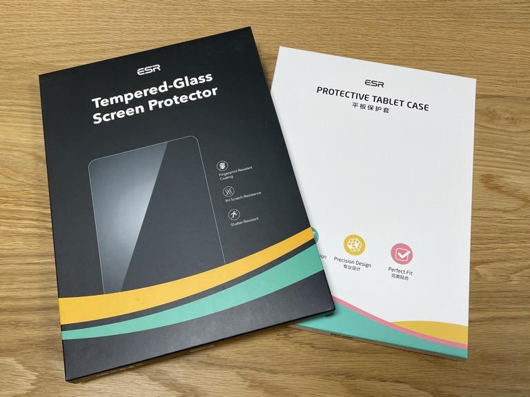 iPad Pro 11(2018)の整備済製品と一緒に買ったESRのガラスフィルムとTPUケース